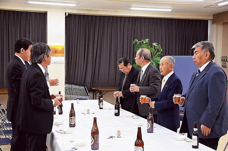6日に開催した初出式には吉田理事長らが出席し、今年も一丸となって取り組むことを誓い合った