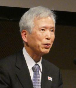 講演する5GMFの吉田会長