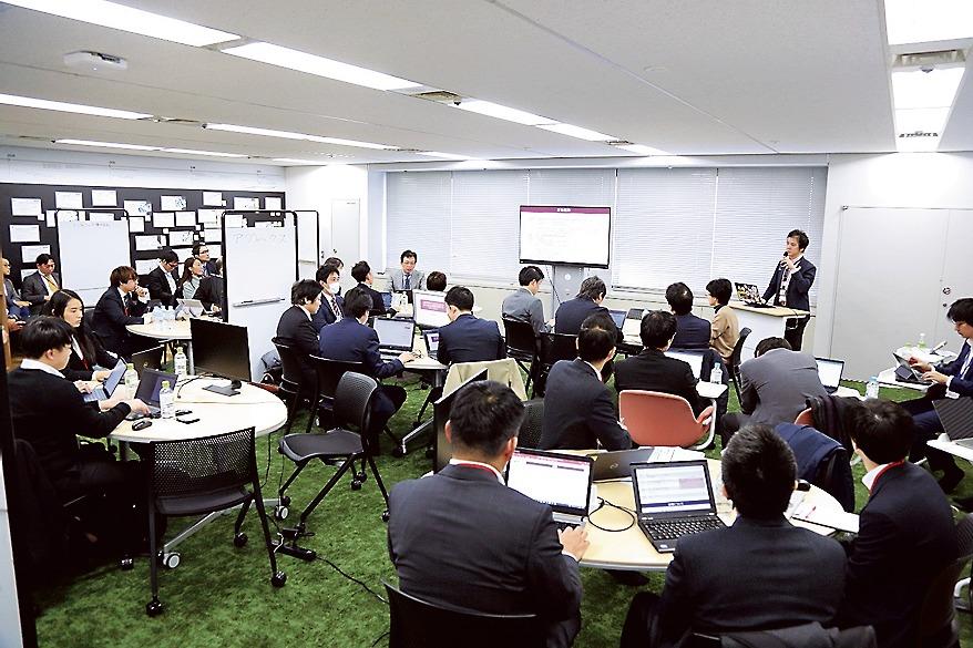 経産省で行われた行政手続きのデジタル化に関するイベント「DXハッカソン」